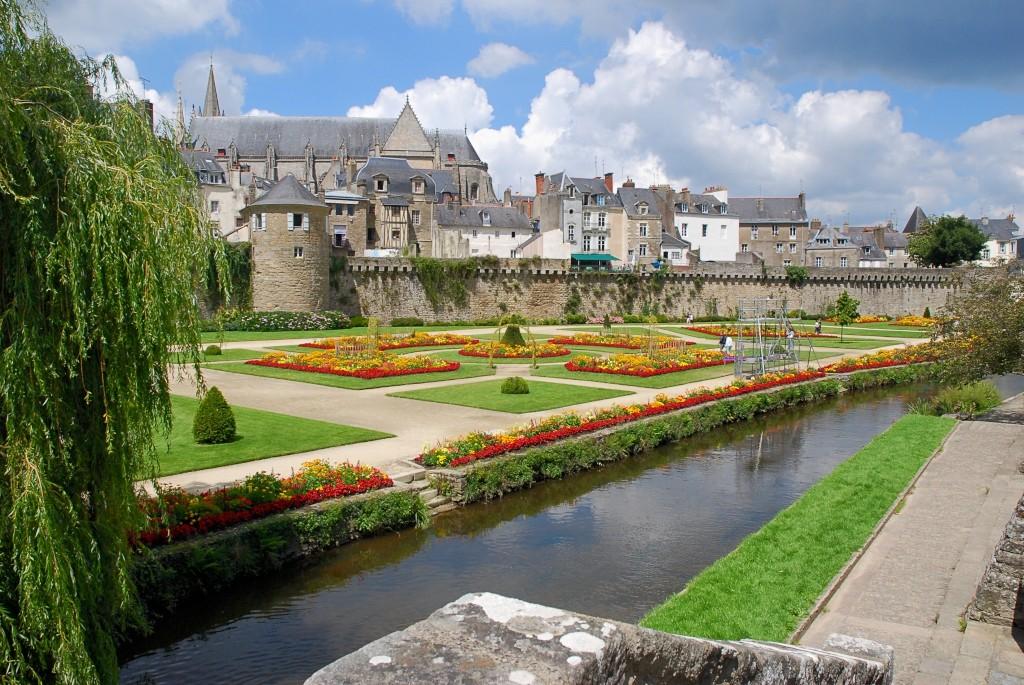 Uw fietsvakantie door de bretagne in frankrijk boekt u hier - Comptoir metallurgique de bretagne vannes ...